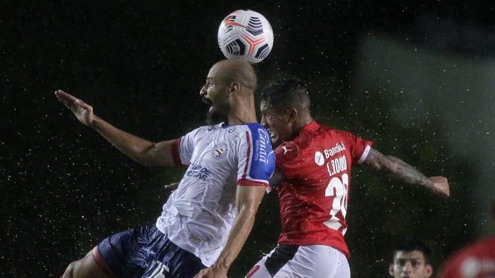 As equipes empataram em 2x2 no primeiro jogo no Brasil