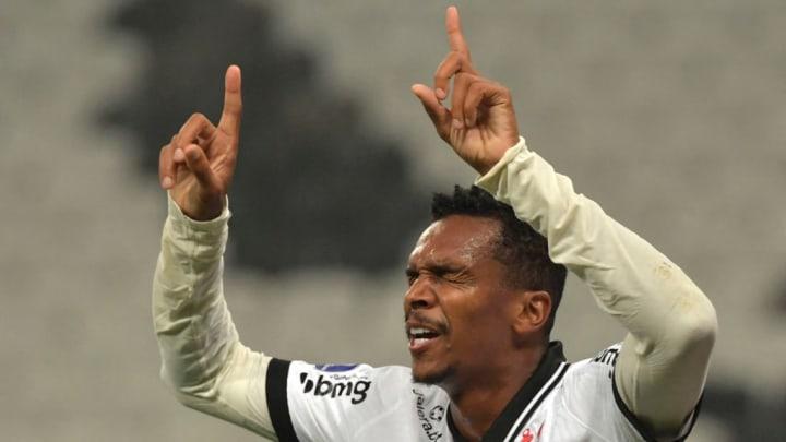 Corinthians Jô Brasileirão Fluminense Sport