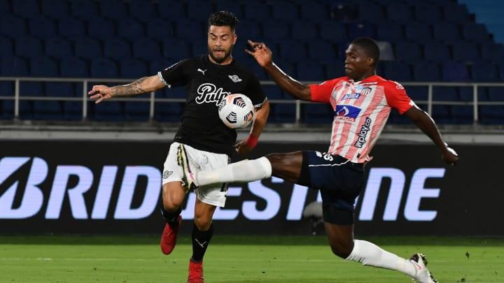 Libertad logró remontar el encuentro ante el Junior y sumar una victoria de visitante