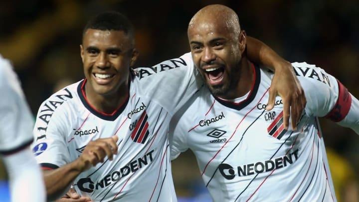 Athletico BrasileirãO Gremio