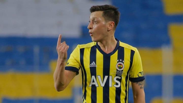 Mesut Özil - Gnabrys Mann für die finalen Pässe