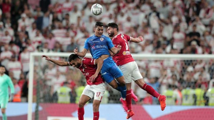 Mostafa Mohamed (au centre) ne rejoindre finalement pas les Verts.