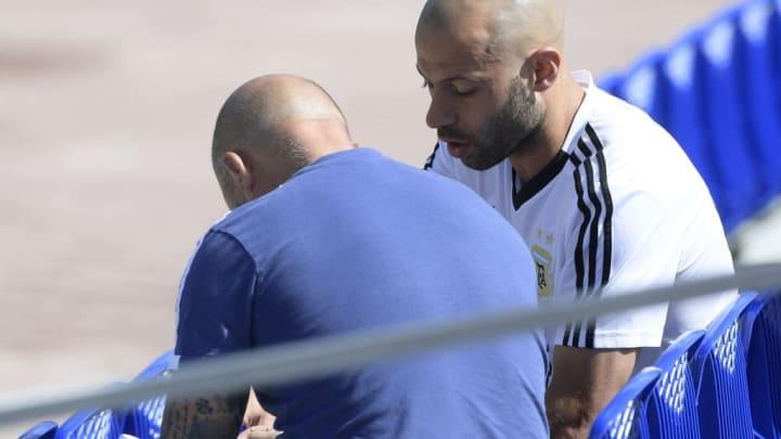 Sampaoli con Mascherano en el Mundial de Rusia