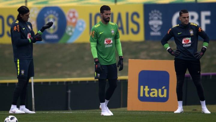 Alisson, Wéverton, Hugo Souza e outros: veja o ranking dos 50 melhores goleiros brasileiros em atividade.