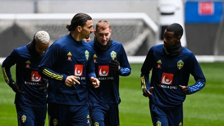 Zlatan Ibrahimovic and Alexander Isak in Sweden training