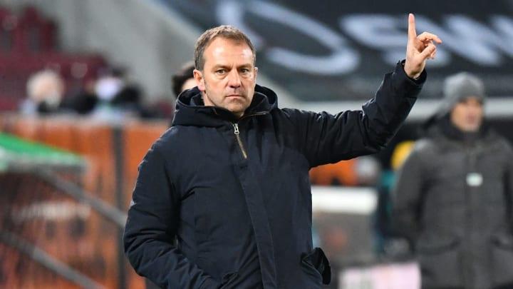 Warnt trotz der gegensätzlichen Tabellensituation vor Schalke: Bayern-Trainer Hansi Flick