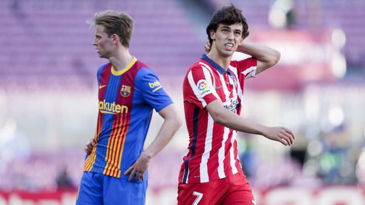 De Jong y Joao Félix en el último Barcelona-Atlético de Madrid