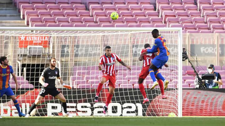 Dembélé perdeu gol incrível quase no fim do duelo