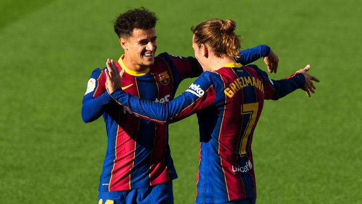 Griezmann e Coutinho aparecem na lista de possíveis negociados do Barcelona. A intenção do clube é cortar parte da folha salarial.