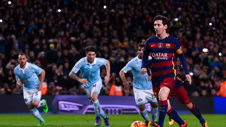 El origen del cobro de penalti con pase incluido entre FC Barcelona v Celta Vigo en La Liga en febrero de 2016 en la época moderna