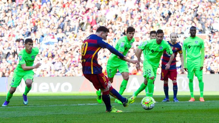 Messi volvió a fallar un penalti