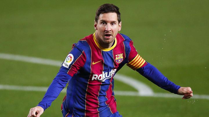 Messi só decidirá seu futuro após movimentações de mercado do Barcelona