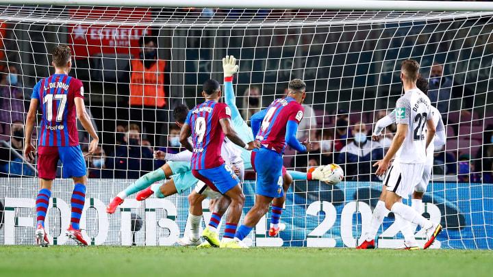 Araújo marcó el gol del empate del Barcelona