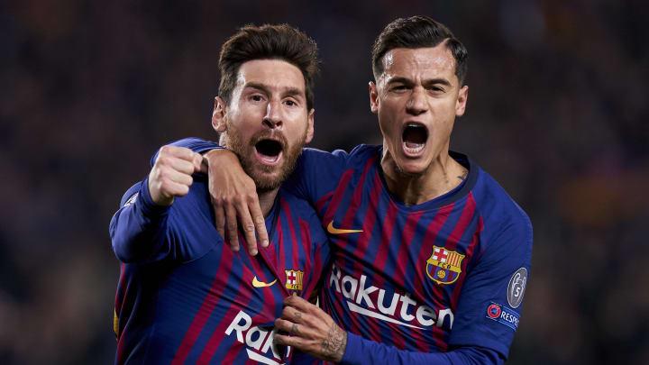 Der eine sollte bleiben - und ging, der andere sollte gehen - und blieb: Lionel Messi und Philippe Coutinho bejubeln gemeinsam ein Tor