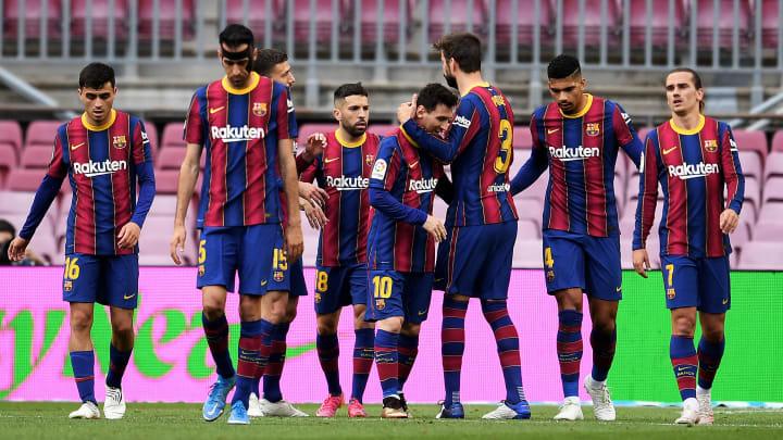 Barcelona faz malabarismo para conseguir ficar com Lionel Messi e não descumprir com o Fair Play Financeiro.