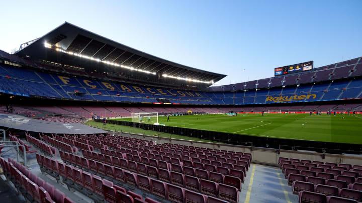 Barcelona are in major financial crisis