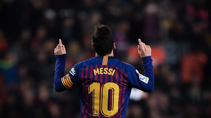 Lionel Messi estreou no Barcelona há exatos 20 anos. De lá para cá, o camisa 10 conquistou tudo e muito mais. Confira algumas de suas marcas.