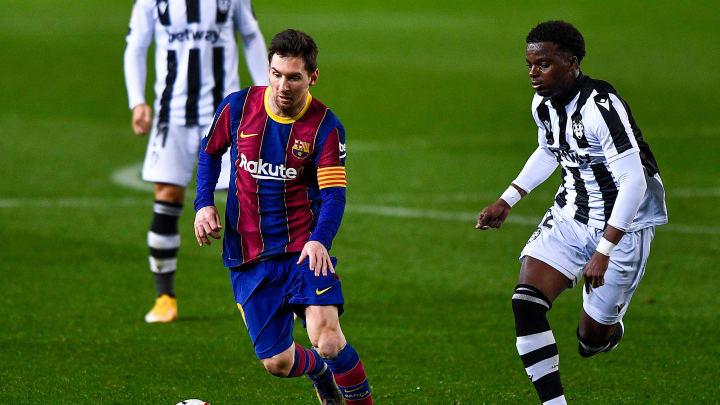 Leo Messi face au joueur de Levante, Mickael Malsa
