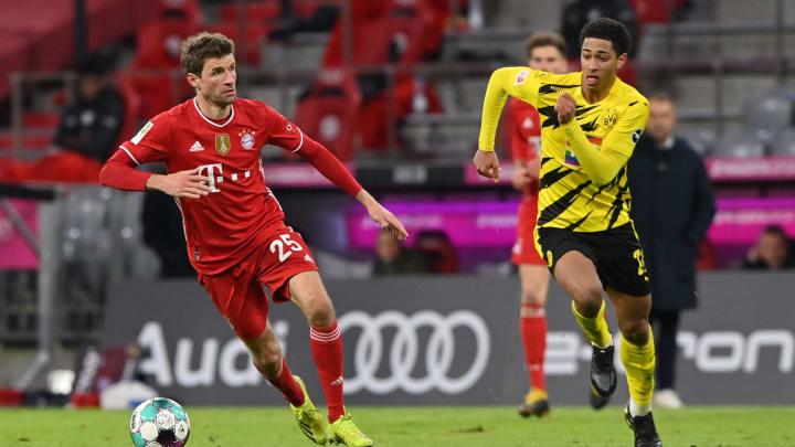 Müller und Bellingham im Zweikampf