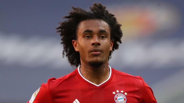 Bayern Munich's Joshua Zirkzee in action