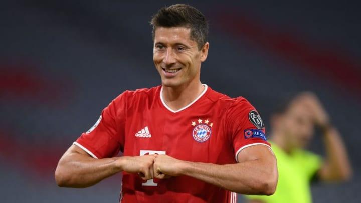Immer wieder Lewandowski. Der Torjäger des FC Bayern war am Samstagabend überall zu finden und hatte bei allen Toren seine Finger im Spiel.