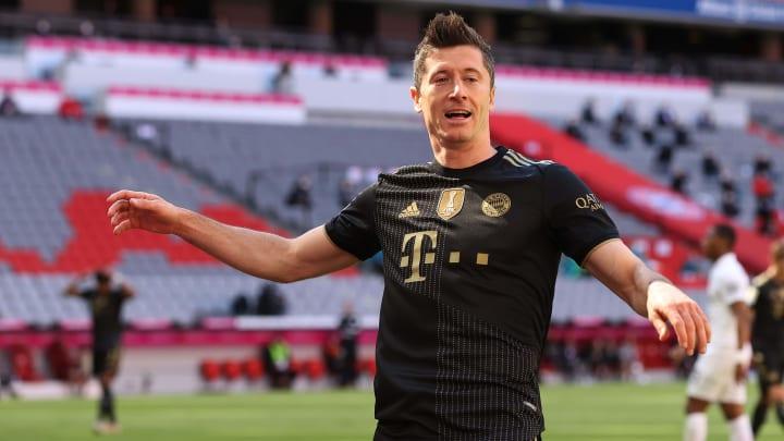 Robert Lewandowski hat im letzten Saisonspiel die Marke von Gerd Müller überboten.