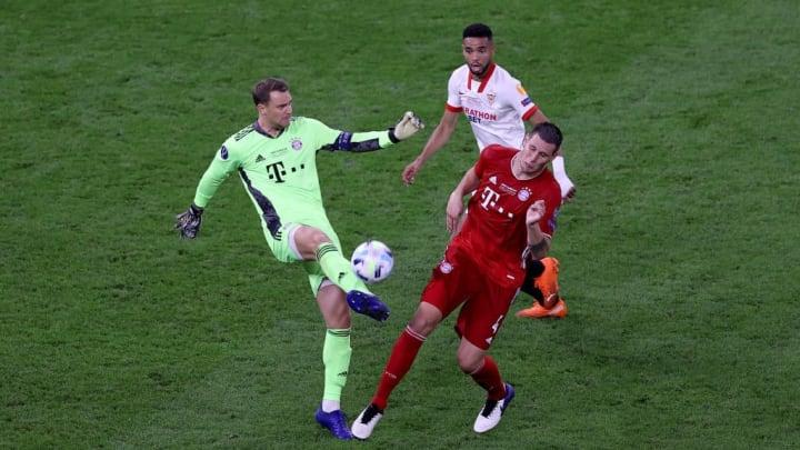 Yousseff En-Nesyri, Manuel Neuer, Niklas Suele
