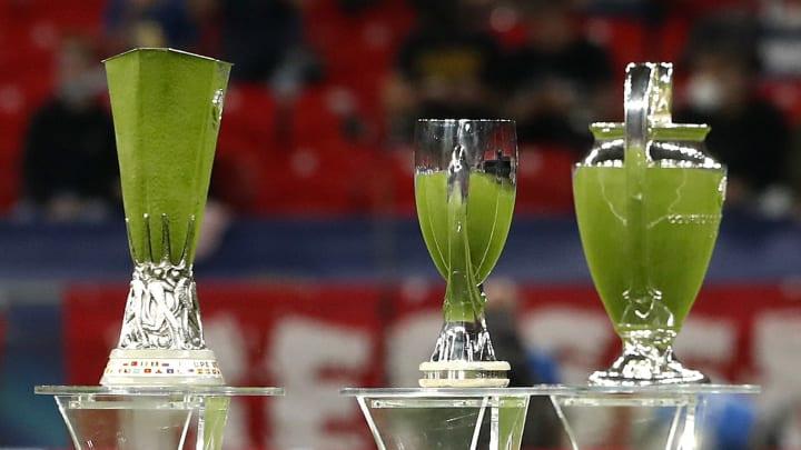 Avrupa'nın 3 büyük kupası: UEFA Avrupa Ligi, UEFA Süper Kupası, Şampiyonlar Ligi