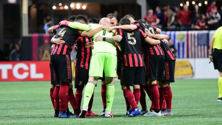 Atlanta United team huddle
