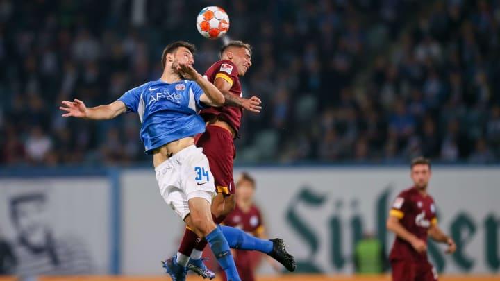 Jedes Spiel hart umkämpft: Hansa Rostock fightet für den Klassenerhalt in der 2. Bundesliga