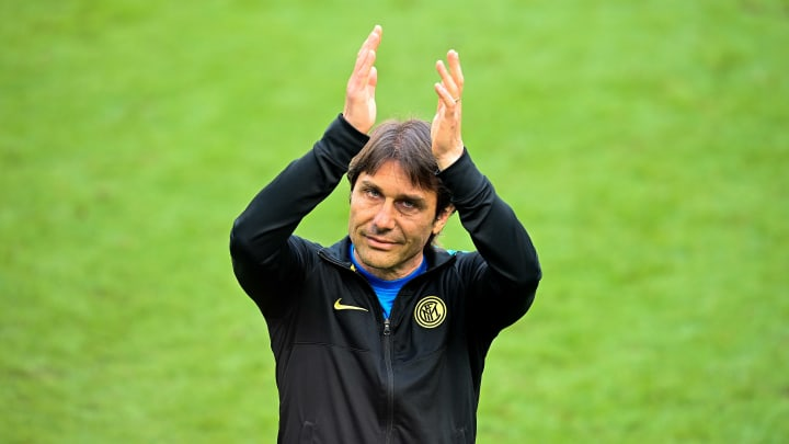 Conte is in talks to become the new Spurs boss