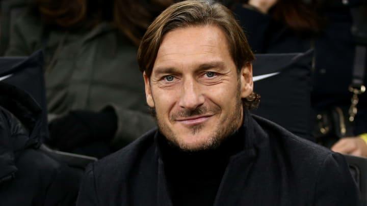 Francesco Totti könnte bald wieder bei seinem Herzensklub aktiv sein