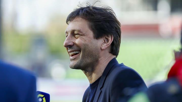 Leonardo, Juninho Pernambucano, Roberto Carlos e mais: relembre seis brasileiros que viraram dirigentes no futebol europeu.