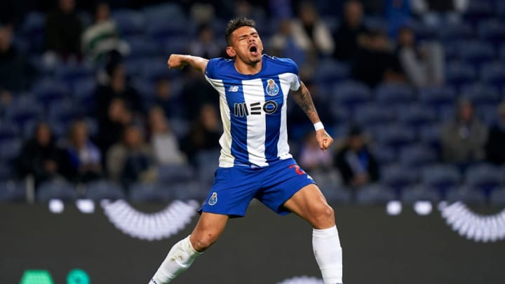 Tiquinho Soares tem passagens pelo futebol português.