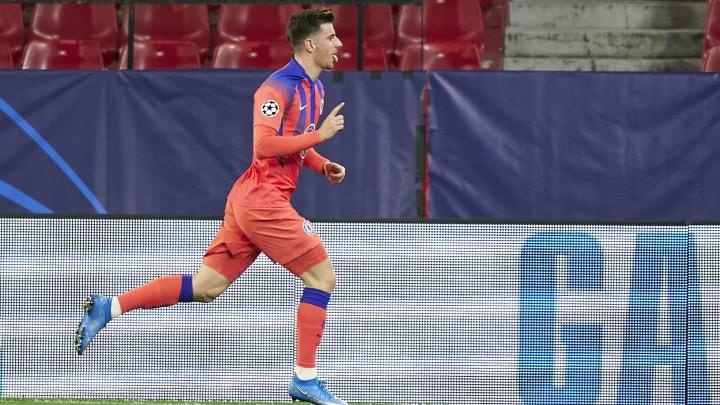 FC Porto v Chelsea FC  - UEFA Champions League Quarter Final 3: Leg One