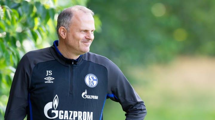 Schneider blickt in eine ungewisse Zukunft mit Schalke