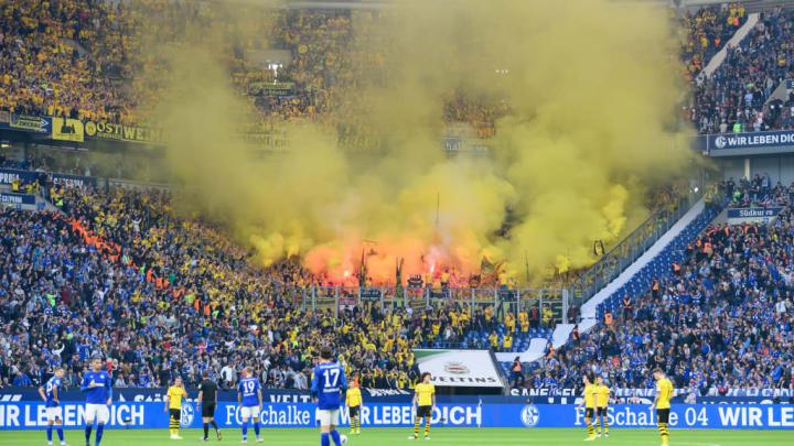 Le derby de la Ruhr se joue toujours dans de belles ambiances.
