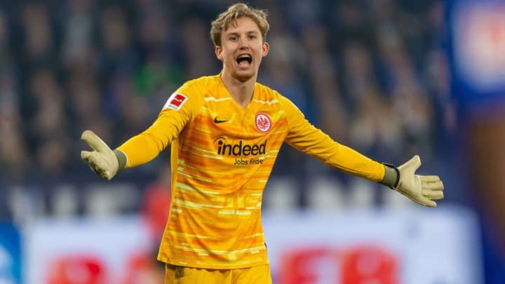 Frederik Rönnow wechselte als geplante Nummer eins nach Frankfurt - doch dann kam Trappp