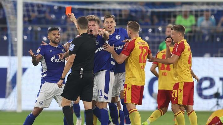 Victor Palsson wird Schalke für zwei Spiele fehlen
