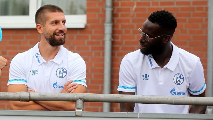 Schalke zögert offenbar bei Matija Nastasic und Salif Sané