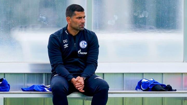 Dimitrios Grammozis will auf Schalke mit deutlichen Ansprachen durchgreifen