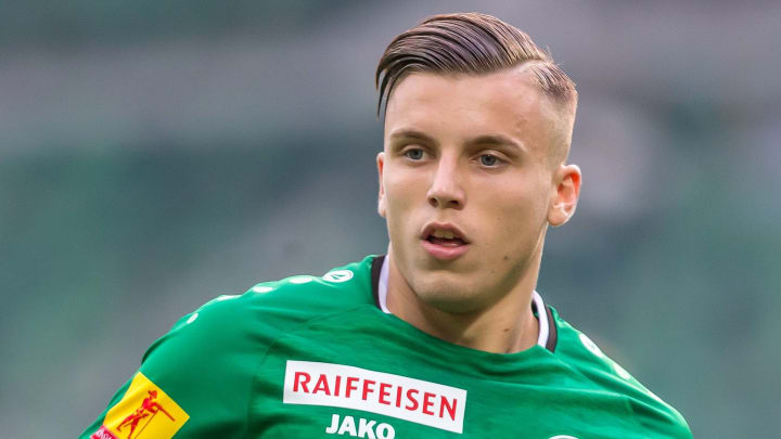 Ermedin Demirovic soll kurz vor dem Wechsel zum SC Freiburg stehen