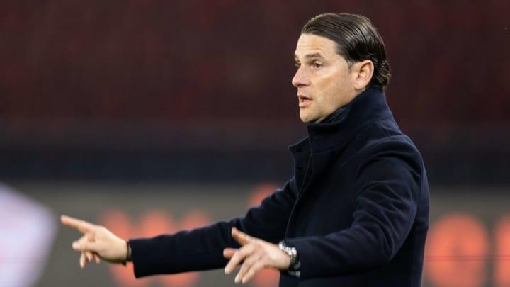 Bayer-Coach Gerado Seoane braucht einen neuen Innenverteidiger