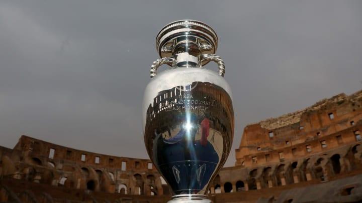Il trofeo di Euro 2020 che tutti sognano di sollevare sotto l'arco di Wembley