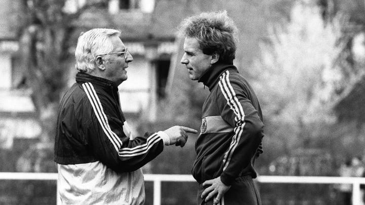 Bundestrainer Jupp Derwall (l.) & Karl-Heinz Rummenigge