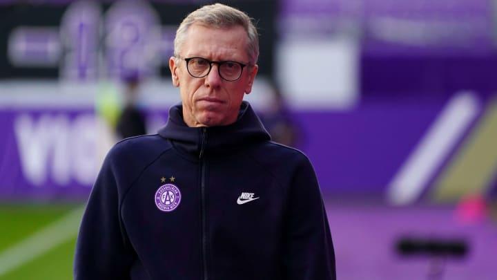 Peter Stöger wird seine Posten bei Austria Wien nach der Saison räumen.
