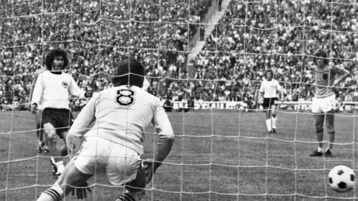 Breitner marcó en dos finales de la Copa del Mundo