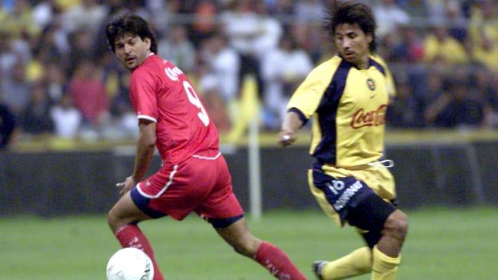 El jugador José Saturnino Cardozo.