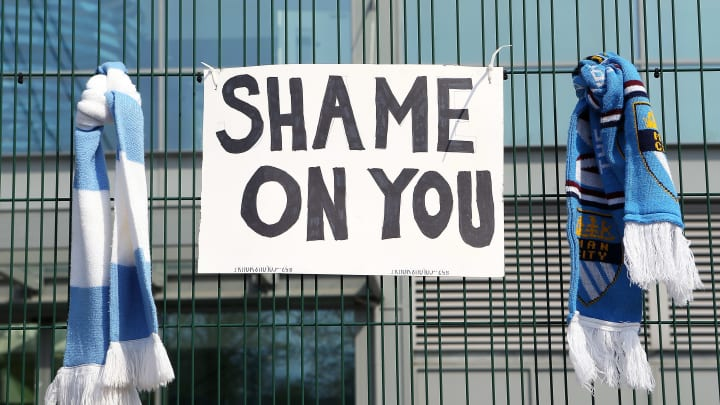 Protestos de fãs ao redor da Europa contra a Superliga já surtem efeito