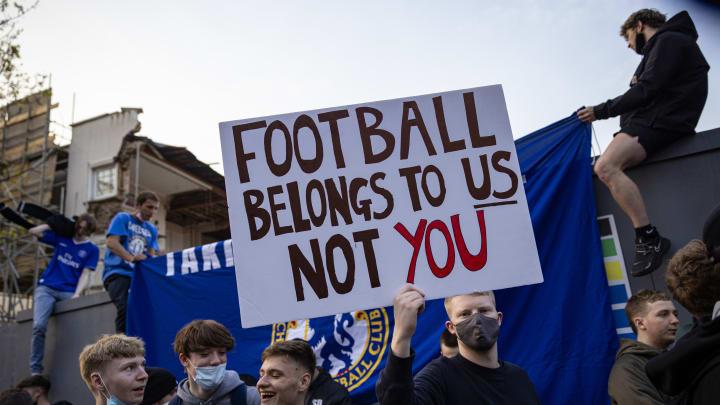 Chelsea-Fans protestieren gegen die Super League